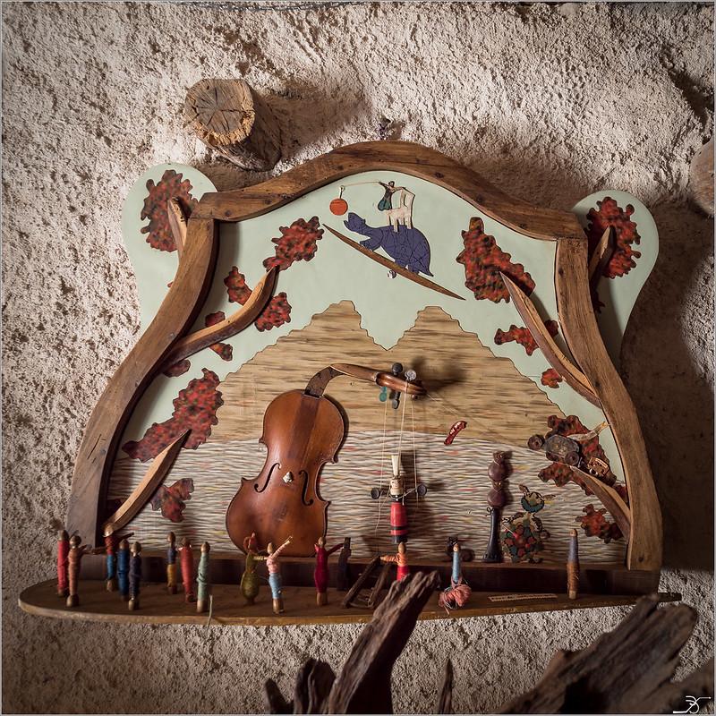 Musée de l'insolite p5 35343401390_11c989e505_c