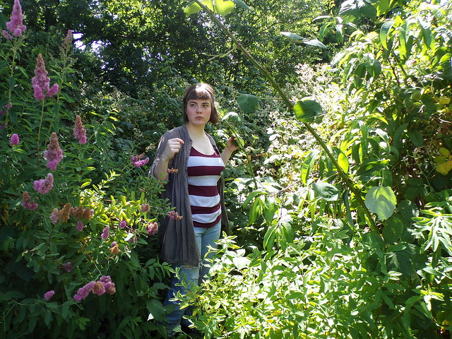 OOTD: Bramble Leaf Picking | Hedgefairy