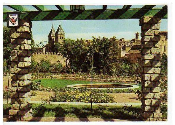 Puerta de Bisagra desde la rosaleda de la Vega (Paseo de Merchán) a mediados del siglo XX