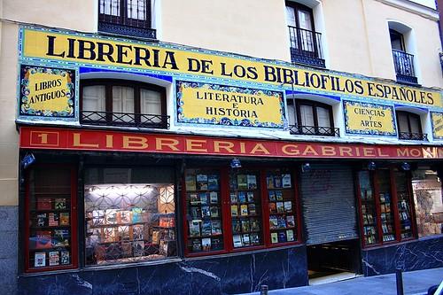 Librería Gabriel Molina, tienda de antaño. Travesía del Arenal. Madrid