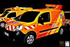 highway maintenance orange safety cars lemondedelaroute. Black Bedroom Furniture Sets. Home Design Ideas