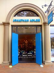 Jonathan Adler Boutique, Fashion Island