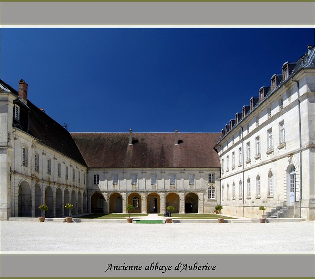 Ancienne abbaye d 39 auberive haute marne flickr photo for 51 haute marne