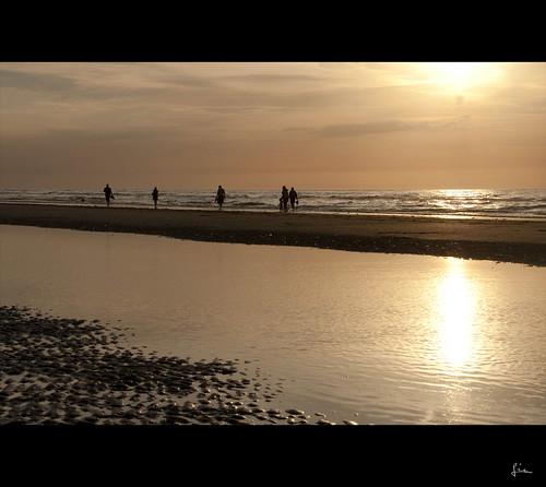 sunset zonsondergang nikon belgium westvlaanderen lie oostduinkerke 18200mm d90 thegoldenroad vlaamsewestkust