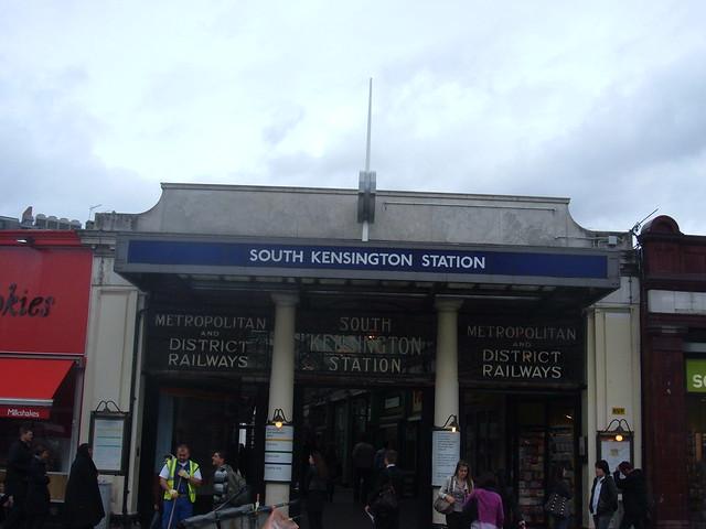 South Kensigton Station