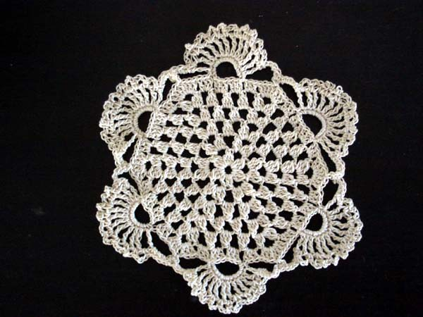 Free Crochet Patterns For Beginners Doilies : CROCHET DOILIES AND ? Crochet For Beginners