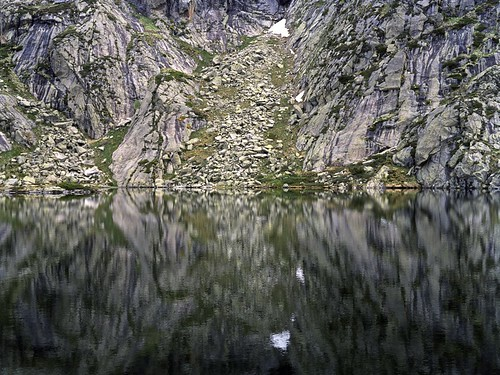 lake france 120 mamiya film nature analog mediumformat landscape alpine 1992 analogue agfa pyrenees c41 mamiya645super 645super agfaoptima125 agfaap70 selfdevelopedc41 smadymenko agfaprozess70