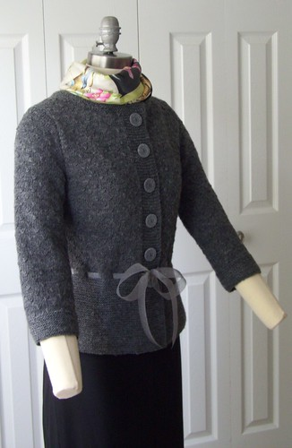 Bea cardigan side 2