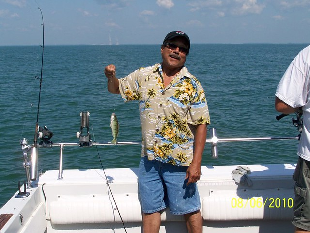 Tommy d 39 s first perch fishing charter trip on lake erie for Lake erie perch fishing charters