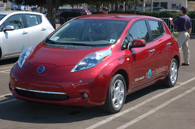 "Nissan LEAF ""Cayenne"" Red"