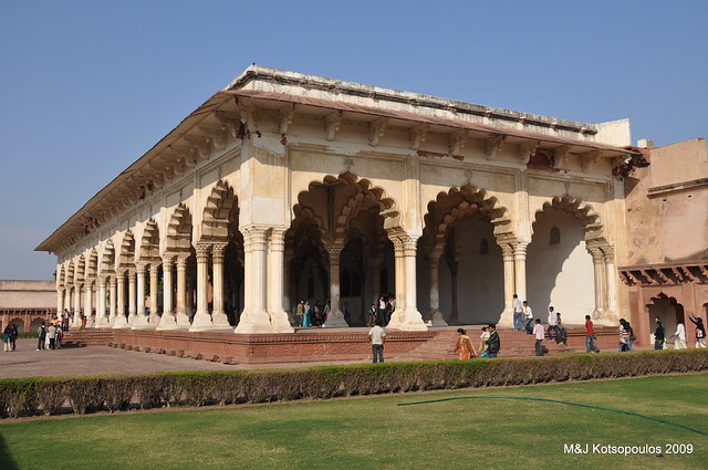 Agra fort diwan i am flickr photo sharing for Diwan i khas agra fort