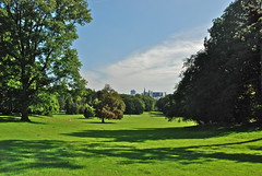 Une des immenses pelouses (Lakenpark -Brussels)