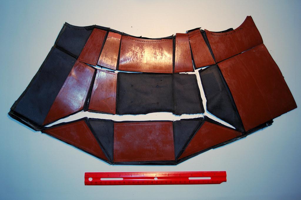 Replicating a tattered focussing hood of a RB Graflex B 4x5