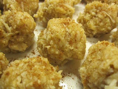 Vanilla Coconutty Macaroons