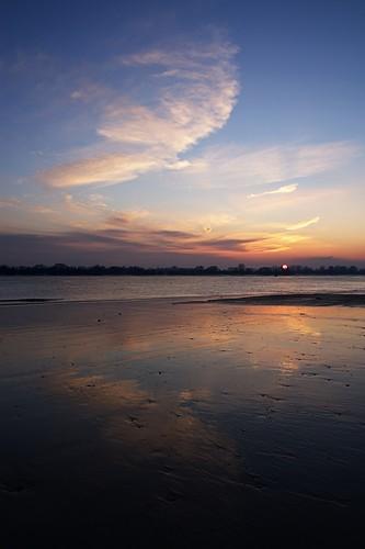 sunset reflection river sonnenuntergang hamburg fluss elbe reflektion wittenbergen rissen