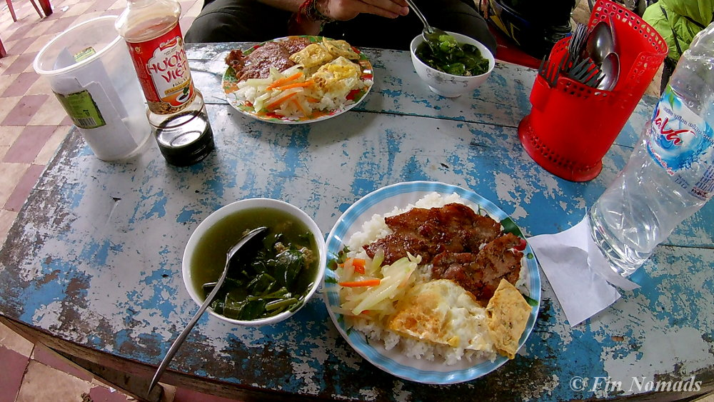 vietnamese-lunch-countrtyside