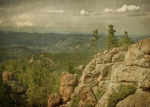 trees mountains forest canon vintage landscape colorado rocks grunge cliffs ridge pines aged hdr devilshead rampartrange t1i