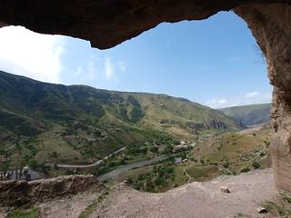 Aussicht aus einer Höhle in Wardzia