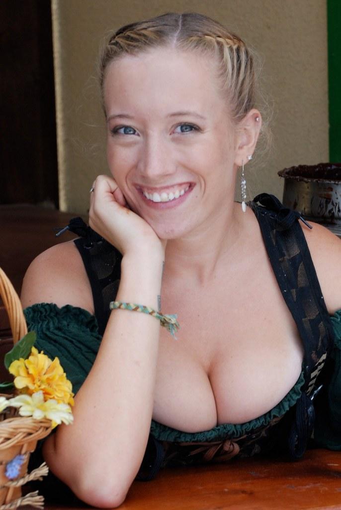 Sorry, cute girl cleavage