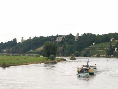 Ein Dampfschiff und die Schönheit des eigenen Daseins, der Zauber der Schöpfung in Dresden dann tut es gut, wenn wir die gleichen Worte zugesprochen bekommen 001