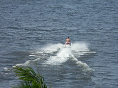 towed water sport, vehicle, sports, sea, ocean, boating, extreme sport, wave, water sport, jet ski, personal water craft,