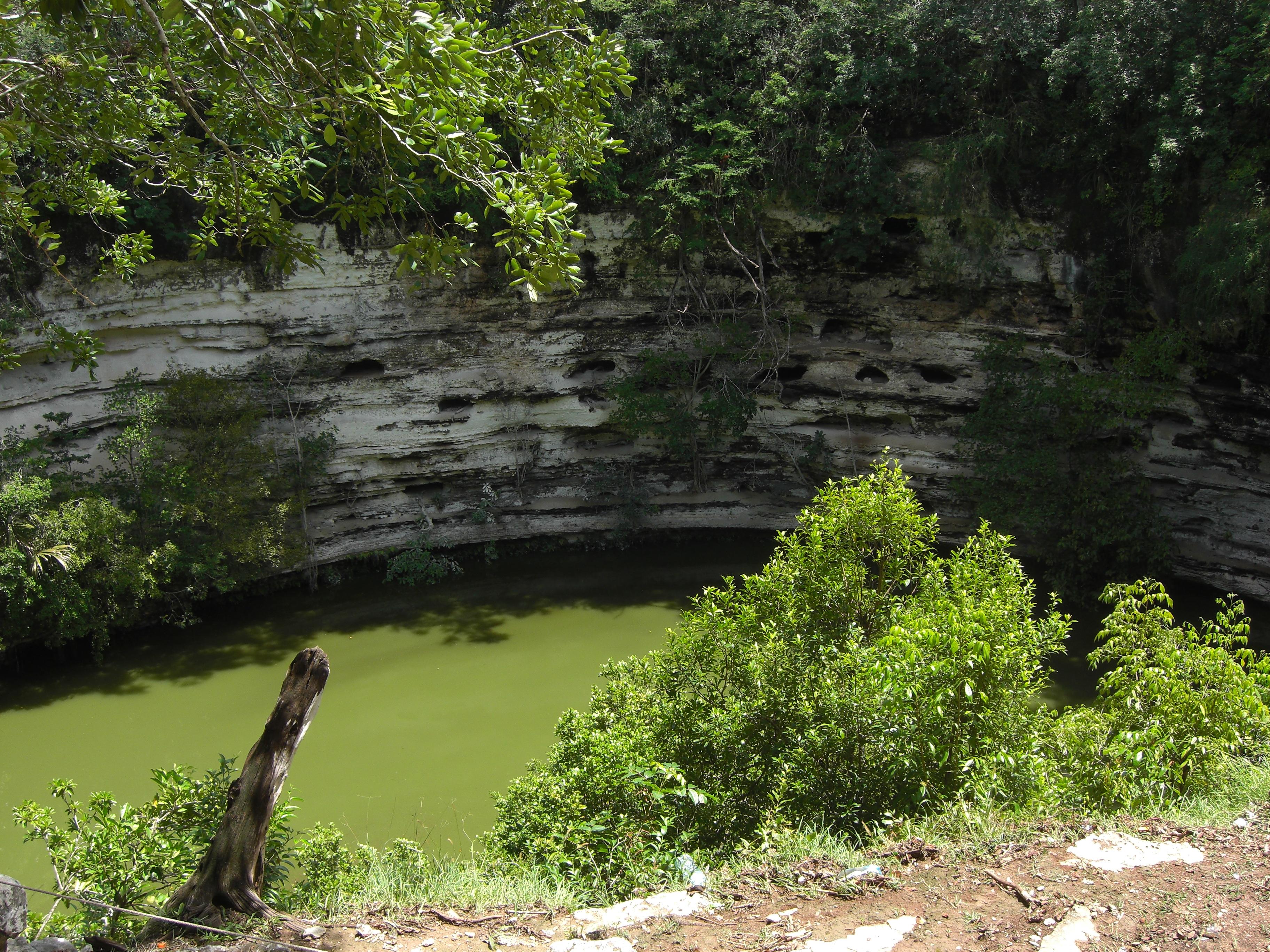 Cenote Xtoloc