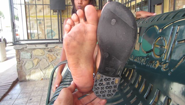 Indian girl feet and shoe size 9