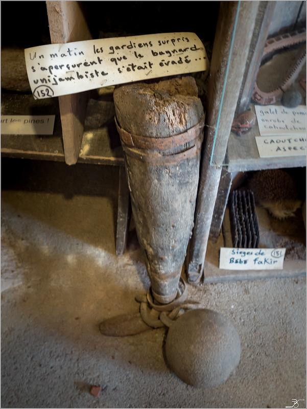 Musée de l'insolite p1 35730566295_3c14200643_c