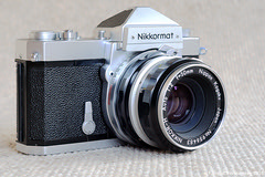 cameras & optics(1.0), digital camera(1.0), camera(1.0), single lens reflex camera(1.0), shutter(1.0), mirrorless interchangeable-lens camera(1.0), lens(1.0), font(1.0), camera lens(1.0), reflex camera(1.0),
