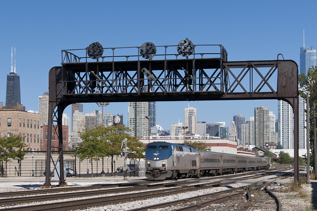 Amtrak's Hiawatha at May Street Crossing