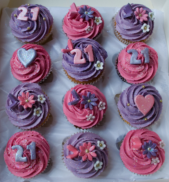 Cupcake Decorating Ideas For 21st Birthday : 4987203055_0e760201f9_z.jpg