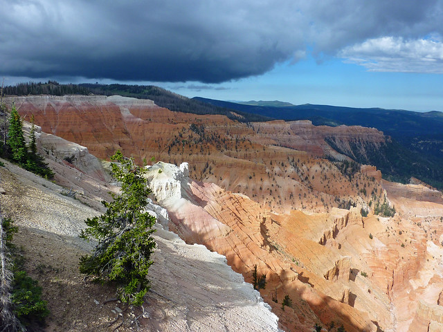 Cedar Breaks about to be covered by a huge storm cloud