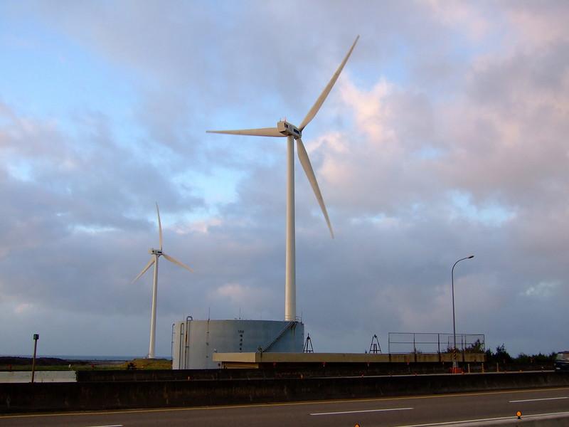 林口發電廠附近的風力發電用風車_03