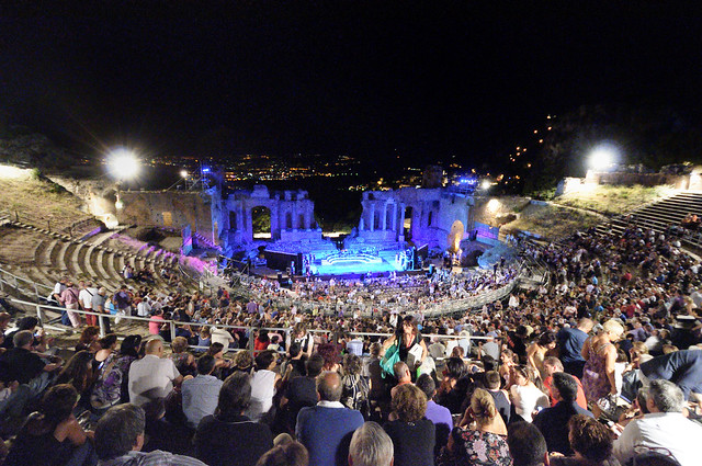 Massimo Ranieri Concert Taormina - Creative Commons by gnuckx