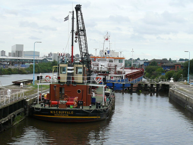 008 Manchester Ship Canal Cruise  Mode Wheel Locks