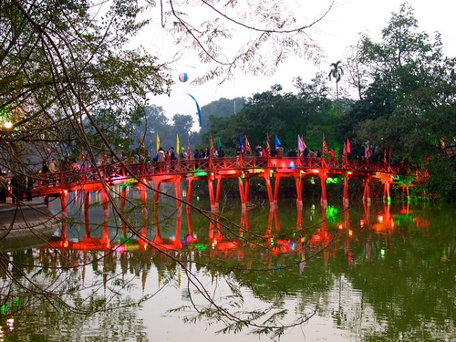The bridge in Hoan Kiem Lake