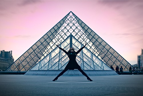 Geometry: dancer and pyramid