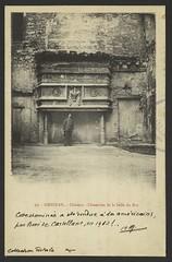 Grignan. - Château - Cheminée de la Salle duRoi