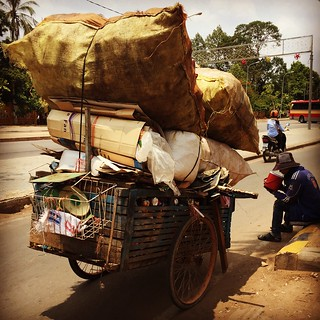 A Cambodian recycling collector (Siem Reap)