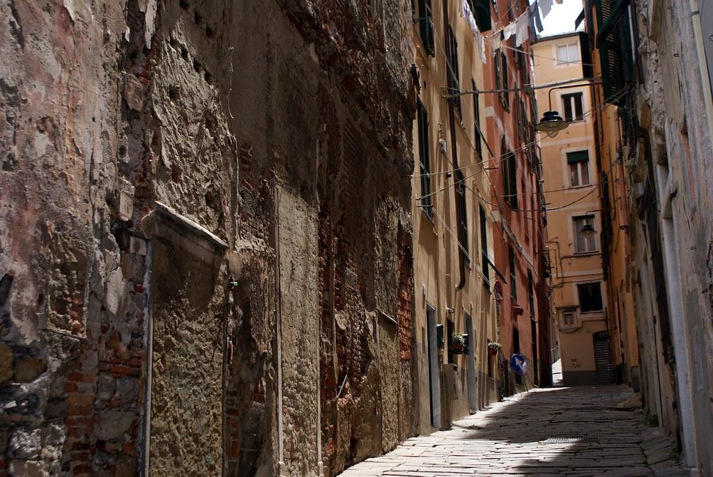 Quartier du Molo, ruelle de la Vieille Ville de Gênes.
