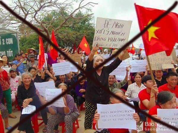 Những người dân nhẹ dạ, cả tin và thiếu hiểu biết được xua đi biểu tình.
