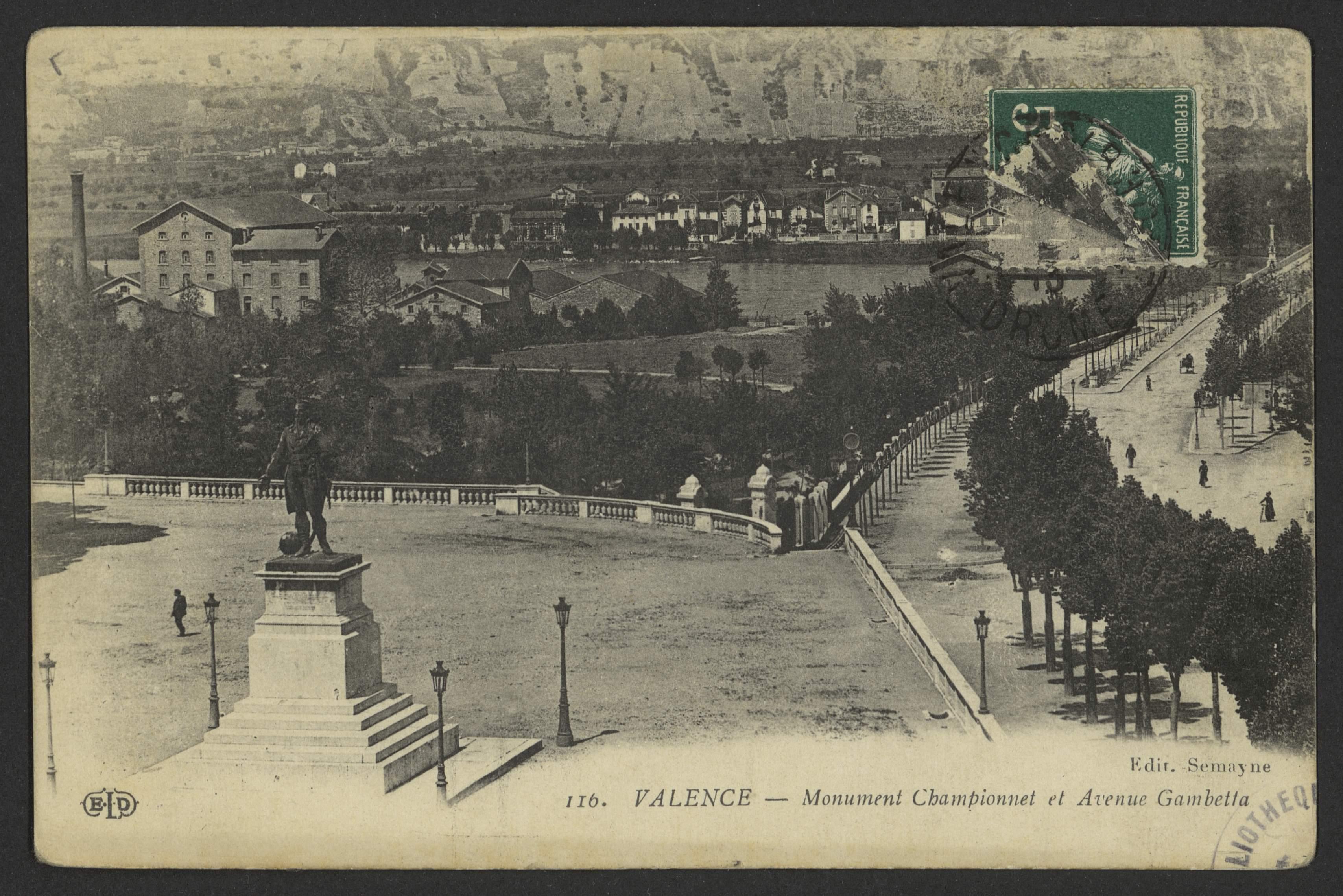 Valence - Monument Championnet et Avenue Gambetta