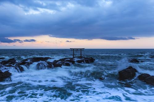 japan spring 神磯の鳥居 canon 6d apr wave 大洗町 sunset