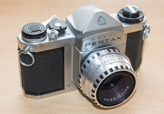 1965 Pentax SV, Canon EOS 700D, Canon EF-S 18-55mm f/3.5-5.6 IS STM