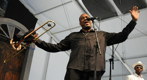 Glenn David Andrews in the Blues Tent on Day 6 of Jazz Fest - May 6, 2017. Photo by Black Mold.