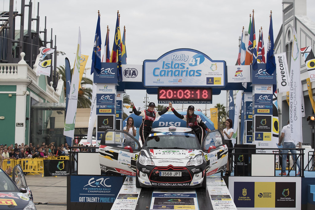 FALCON  RODRIGUEZ Emma (ESP),  FERNANDES PALAZUELOS Sara (ESP), CITROEN DS3 R3 , ambiance portrait podium, during the 2017 European Rally Championship ERC Rally Islas Canarias, El Corte Inglés,  from May 4 to 6, at Las Palmas, Spain - Photo Gregory Lenormand / DPPI
