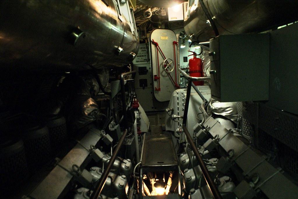 Couloir à l'intérieur du sous-marin devant le musée Galata à Gênes.