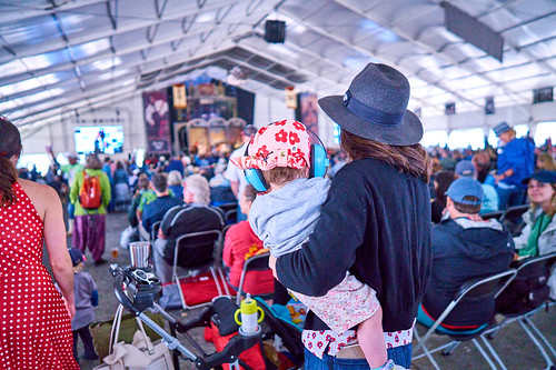 Audience on Day 4 of Jazz Fest 2017 - May 4. Photo by Eli Mergel.