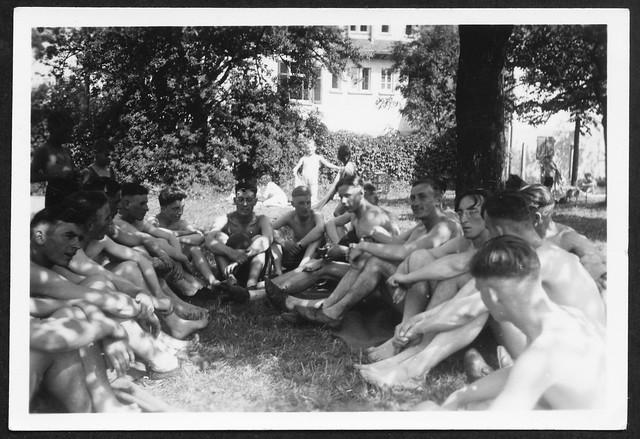 Archiv M655 Sportpause im Schatten, 1930er