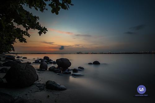 sunset dawn landscape seascape rocks sea beach colors punggolbeach singapore nikon 1635mm d750 haida haidafilter longexposure 10stops